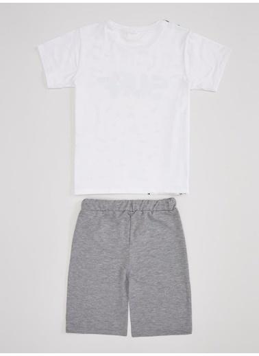 DeFacto Erkek Çocuk Tişört ve Şort Takım Beyaz
